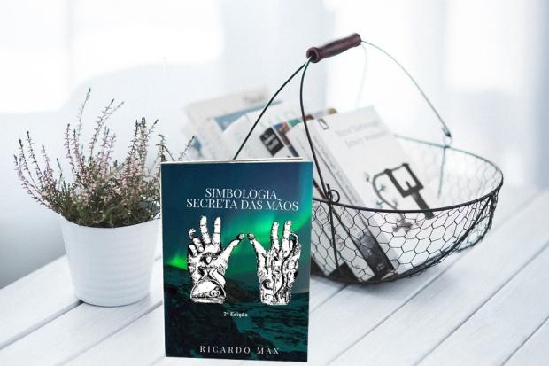Ricardo Max Simbologia das mãos